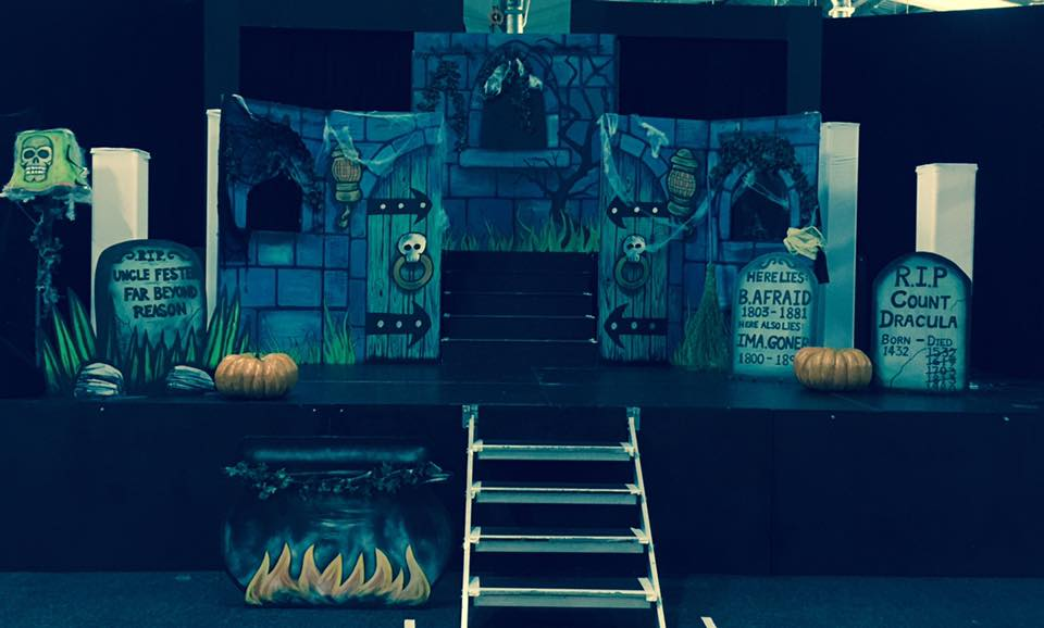 The set of Drac's House Party (Stage